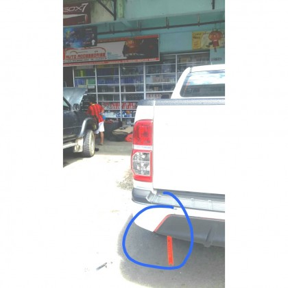 CAR REFLECTIVE SLIP TAG WARNING